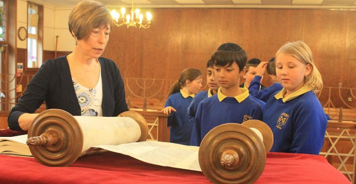 Year 5 visit the Sutton Synagogue