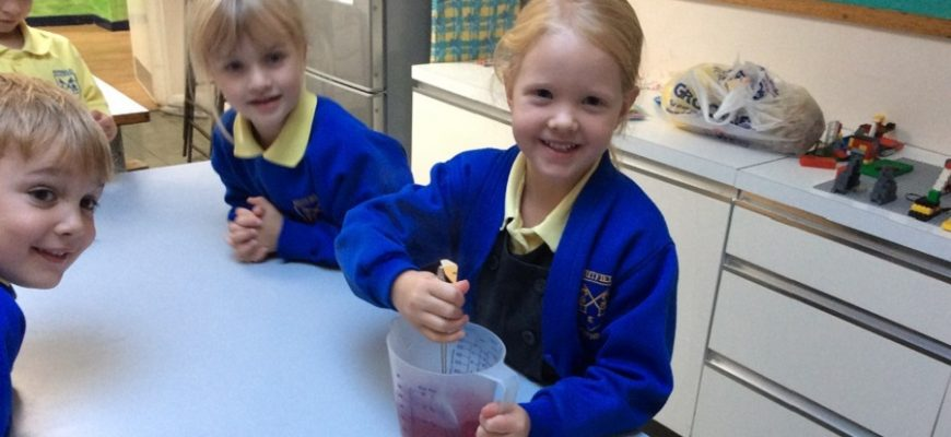 Reception Class – Making Jelly
